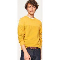 Prążkowany sweter - Żółty. Żółte swetry klasyczne męskie marki ATORKA, xs, z elastanu. Za 119,99 zł.