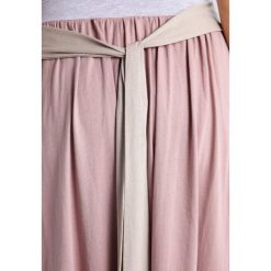 Długie spódnice: 9Fashion FINICA Długa spódnica pink
