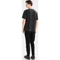 T-shirty męskie z nadrukiem: AllSaints PANTHER CREW Tshirt z nadrukiem vintage black