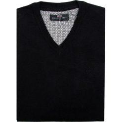 Sweter FABRIZIO SWC000033. Brązowe swetry klasyczne męskie Giacomo Conti, m, z kaszmiru, z klasycznym kołnierzykiem. Za 229,00 zł.