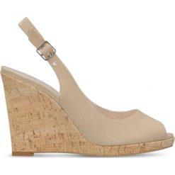 Czółenka AURORA. Brązowe buty ślubne damskie Gino Rossi, w paski, z nubiku, na wysokim obcasie, na platformie. Za 169,90 zł.