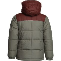 Columbia GYROSLOPE Kurtka narciarska sage/red rocks. Brązowe kurtki chłopięce Columbia, z materiału, narciarskie. W wyprzedaży za 246,35 zł.