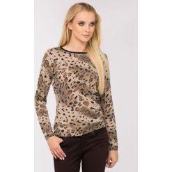 Swetry klasyczne damskie: Sweter w cętki
