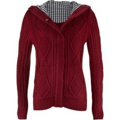 Sweter rozpinany bonprix bordowy. Niebieskie kardigany damskie marki bonprix, z nadrukiem. Za 79,99 zł.