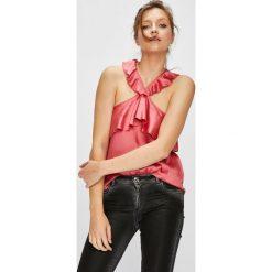 Pepe Jeans - Top Pipper. Różowe topy damskie Pepe Jeans, l, z jeansu. W wyprzedaży za 199,90 zł.