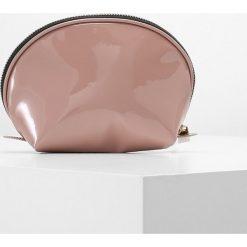 Kosmetyczki damskie: DAY Birger et Mikkelsen DAY FLARE  Kosmetyczka pink