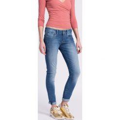 Pepe Jeans - Jeansy Soho. Niebieskie jeansy damskie rurki Pepe Jeans, z obniżonym stanem. W wyprzedaży za 259,90 zł.
