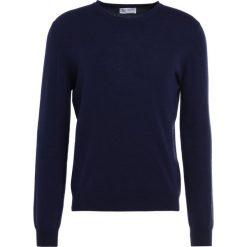 Johnstons Cashmere CNECK Sweter dark blue. Niebieskie swetry klasyczne męskie Johnstons Cashmere, l, z bawełny. W wyprzedaży za 876,75 zł.