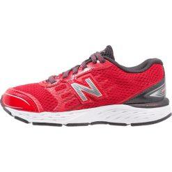 New Balance KJ680PDY Obuwie do biegania Stabilność red. Szare buty sportowe chłopięce marki New Balance, na lato, z materiału. Za 319,00 zł.