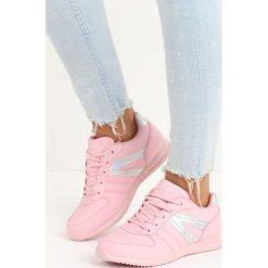 Różowe Buty Sportowe Motivate. Czerwone buty sportowe damskie marki Born2be, z materiału. Za 99,99 zł.