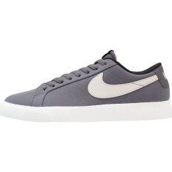 Nike SB BLAZER VAPOR TXT Tenisówki i Trampki dark grey/light bone/white/black. Szare trampki męskie Nike SB, z materiału. Za 359,00 zł.