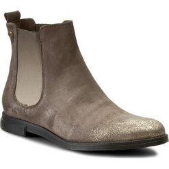 Sztyblety CARINII - B3560 I41-000-POL-B50. Szare buty zimowe damskie Carinii, ze skóry, na obcasie. W wyprzedaży za 229,00 zł.