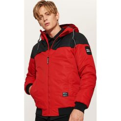 Dwukolorowa kurtka z kapturem - Czerwony. Szare kurtki męskie marki House, l, z bawełny. Za 189,99 zł.