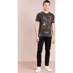 True Religion EAGLE Tshirt z nadrukiem black. Szare koszulki polo True Religion, l, z nadrukiem, z bawełny. Za 419,00 zł.