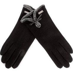 Rękawiczki Damskie WITTCHEN - 47-6-104-1 U Czarny. Czarne rękawiczki damskie marki Wittchen, z materiału. W wyprzedaży za 89,00 zł.