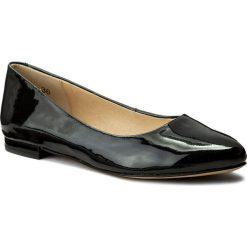 Baleriny CAPRICE - 9-22107-20 Black Patent 018. Czarne baleriny damskie Caprice, ze skóry ekologicznej, na płaskiej podeszwie. W wyprzedaży za 179,00 zł.
