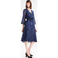 Sukienki hiszpanki: YAS YASJUDY MIDI Sukienka letnia night sky