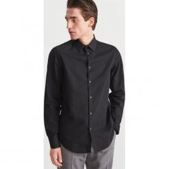 Koszula z żakardowej tkaniny - Czarny. Czarne koszule męskie marki Cropp, l. Za 139,99 zł.