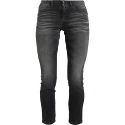 Sisley MEDIUM RISE 5 POCKET Jeansy Slim Fit grey. Szare rurki damskie Sisley. Za 259,00 zł.