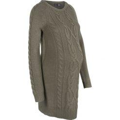 Sukienka dzianinowa ciążowa bonprix ciemnooliwkowy. Zielone sukienki ciążowe marki bonprix, na zimę, z dzianiny, z okrągłym kołnierzem, moda ciążowa, z długim rękawem. Za 99,99 zł.