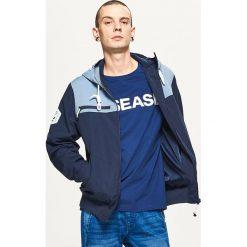 Odzież męska: Sportowa kurtka z wzorzystym panelem – Granatowy