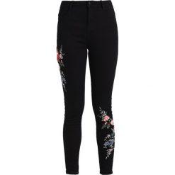 Dorothy Perkins COLOURED EMBROIDED DARCY  Jeans Skinny Fit black. Czarne jeansy damskie marki Dorothy Perkins. Za 199,00 zł.