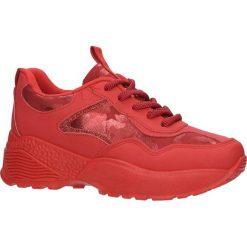 Czerwone buty sportowe sneakersy sznurowane Casu 7-K591C. Czerwone buty sportowe damskie marki KALENJI, z gumy. Za 69,99 zł.
