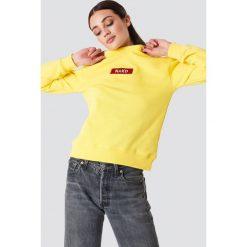 Bluzy damskie: NA-KD Trend Bluza z logo NA-KD – Yellow