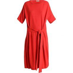 Stefanel ABITO IN MAGLIA MISTO Sukienka dzianinowa red. Czerwone sukienki dzianinowe Stefanel, xl. Za 739,00 zł.