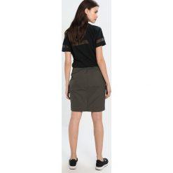 Spódniczki ołówkowe: Nike Sportswear Spódnica ołówkowa  cargo khaki/black