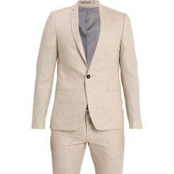 Viggo MUNSTER SUIT Garnitur sand. Niebieskie garnitury marki Tiffosi. Za 759,00 zł.