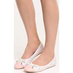 Różowe Balerinki One Desire. Czerwone baleriny damskie marki Born2be, ze skóry, na płaskiej podeszwie. Za 59,99 zł.