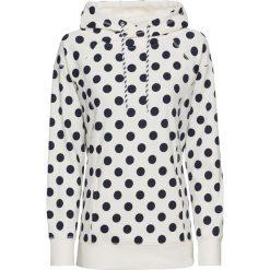 Bluza dresowa bonprix biało-ciemnoniebieski w groszki. Białe bluzy damskie bonprix, w grochy, z dresówki. Za 109,99 zł.