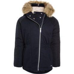 Bench Płaszcz zimowy essentially navy. Niebieskie kurtki chłopięce Bench, na zimę, z bawełny. W wyprzedaży za 209,50 zł.
