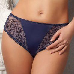 Klasyczne figi Lisanne Blue. Niebieskie figi marki Astratex, w kwiaty, z bawełny. Za 49,99 zł.
