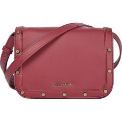 """Skórzana torebka """"Eleonor"""" w kolorze czerwonym - 22,5 x 16,5 x 10 cm. Czerwone torebki klasyczne damskie Marc O'Polo, w paski, z materiału. W wyprzedaży za 272,95 zł."""
