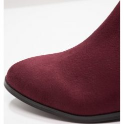 Buty zimowe damskie: DNA Footwear BV KARLA Kozaki dark burgundy