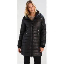 Covert Overt Płaszcz zimowy black. Czarne płaszcze damskie pastelowe Covert Overt, na zimę, xs, z materiału. W wyprzedaży za 401,40 zł.