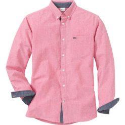 Koszula z długim rękawem i haftem Regular Fit bonprix jasnoróżowy. Białe koszule męskie marki bonprix, z klasycznym kołnierzykiem, z długim rękawem. Za 109,99 zł.