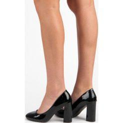 Buty ślubne damskie: CZÓŁENKA NA SZEROKIM SŁUPKU