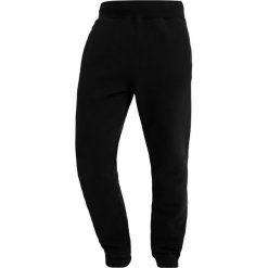 Napapijri MACAU Spodnie treningowe black. Szare spodnie dresowe męskie marki Napapijri, l, z materiału, z kapturem. Za 389,00 zł.