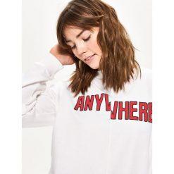 Bluzy damskie: Bluza z nadrukiem - Biały