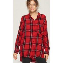 Koszula oversize w kratkę - Czerwony. Czerwone koszule damskie w kratkę Sinsay, l. Za 59,99 zł.
