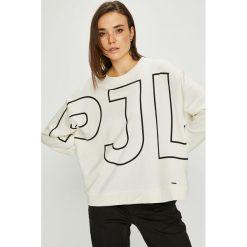 Pepe Jeans - Bluza Cecilia. Szare bluzy z nadrukiem damskie Pepe Jeans, l, z bawełny, bez kaptura. Za 279,90 zł.
