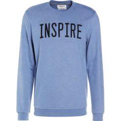 Bejsbolówki męskie: Essentiel Antwerp INQUIRY EMBROIDERED Bluza sky blue