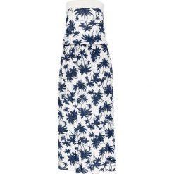 """Długie sukienki: Długa sukienka z dekoltem """"bandeau"""" i nadrukiem w palmy bonprix biało-ciemnoniebieski wzorzysty"""