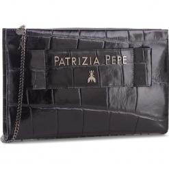 Torebka PATRIZIA PEPE - 2V8116/A1SA-F1TR Black Croco. Czarne torebki klasyczne damskie marki Patrizia Pepe, ze skóry. W wyprzedaży za 1009,00 zł.