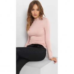 Sweter z koronkową stójką. Brązowe swetry klasyczne damskie marki Orsay, s, z dzianiny. Za 79,99 zł.