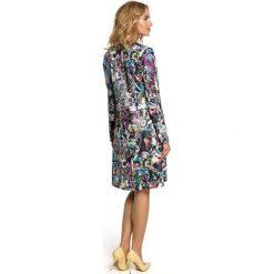 MADISON Sukienka trapezowa - geometryczny. Szare sukienki balowe Moe, w geometryczne wzory, z dekoltem w serek, z długim rękawem, midi, trapezowe. Za 169,90 zł.