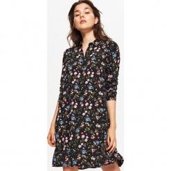 Sukienka oversize - Czarny. Czarne sukienki marki Cropp, s, oversize. Za 69,99 zł.